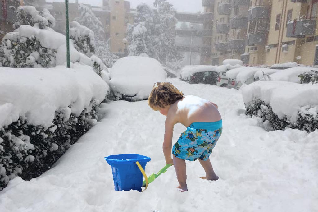 Spalare la neve come bambino